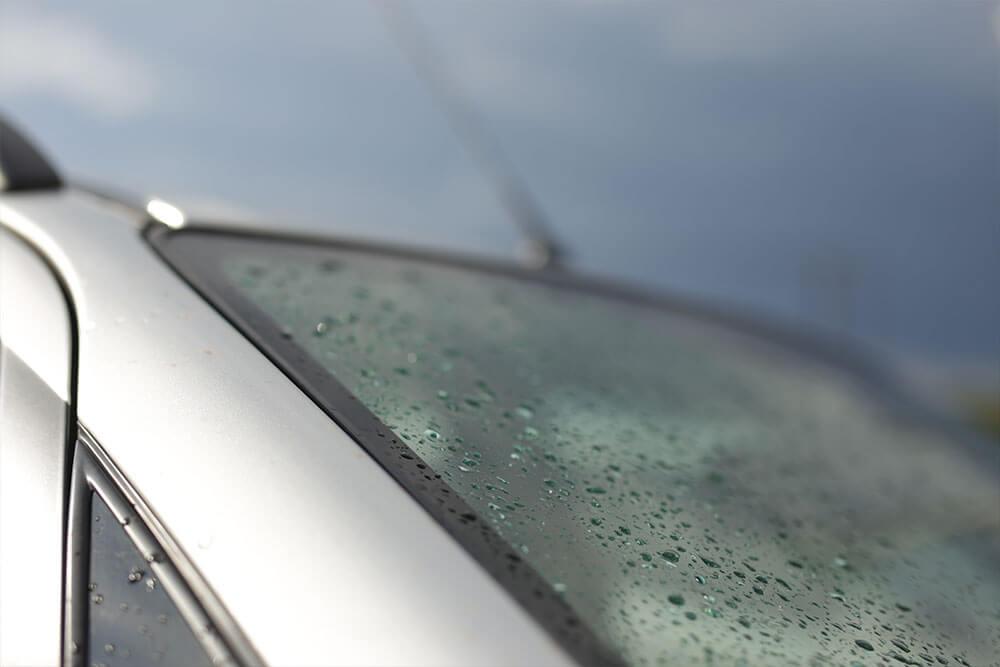 How To Remedy Foggy Car Windows?
